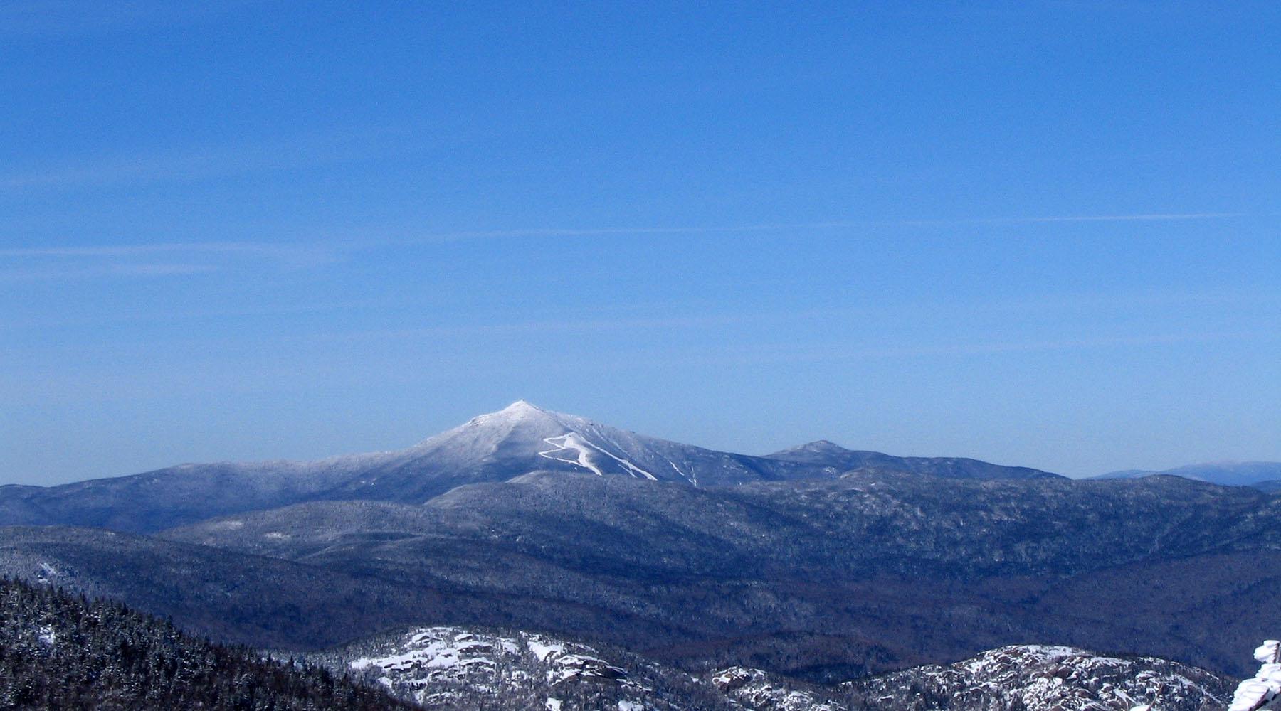 randonnée en raquette - randonnée hivernale - le massif en hiver - région charlevoix