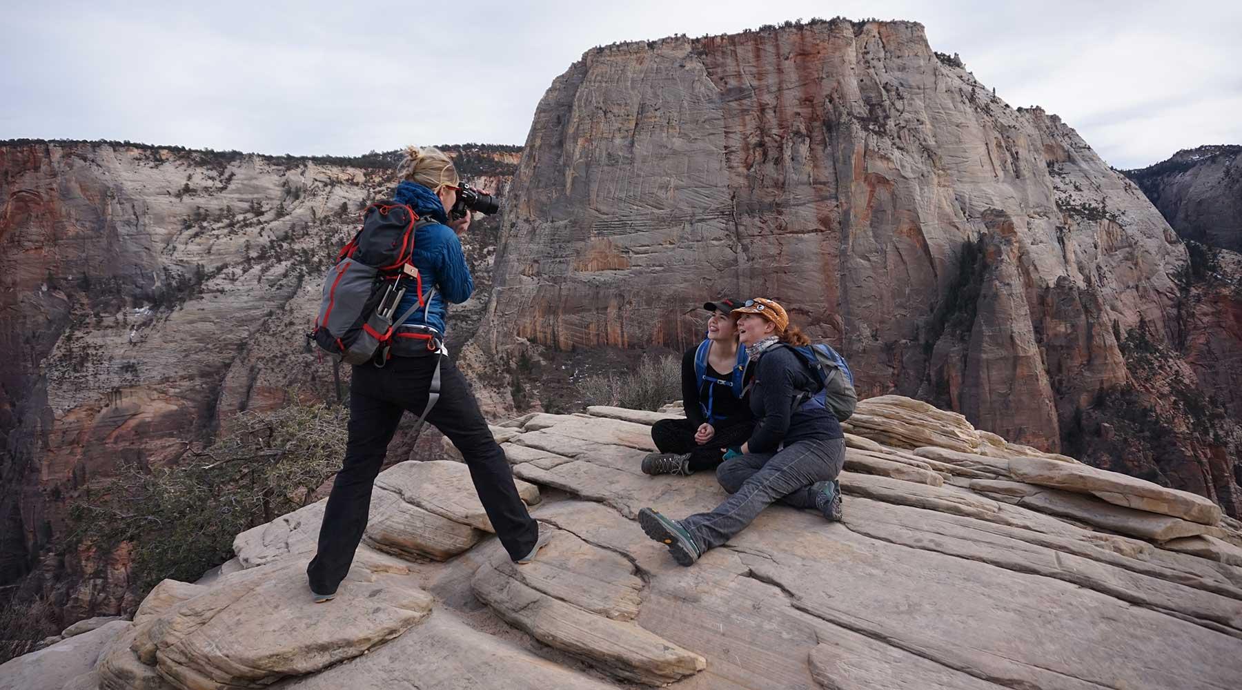 Zion,-Angels-Landing-Grands parcs de l'ouest en hiver, zion, grand canyon, bryce canyon, monument vallée, monument valley, las vegas, chinook voyage, aventure, randonnée
